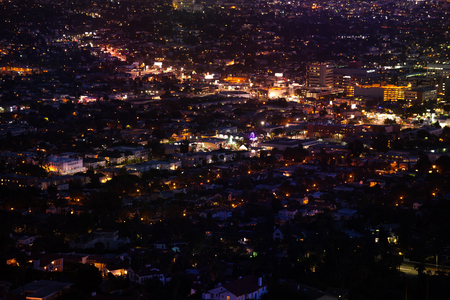 griffith: Beautiful night city view of Los Angeles from Griffith Observatory in the USA