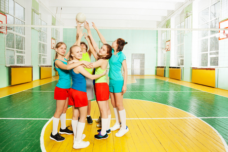 Volleyball teambuilding position
