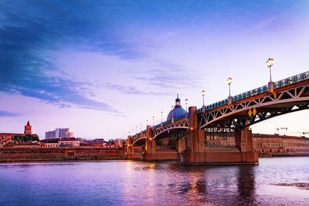 Pont routier Saint-Pierre sur la Garonne