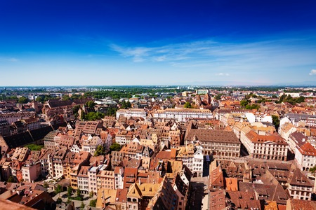 Cityscape of Strasbourg and Ill river from above, Alscace, France Standard-Bild