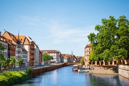 Schöne Häuser im Viertel Petite France, Straßburg