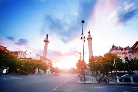 Colonne della Barriere du Trone, Nation Square Parigi