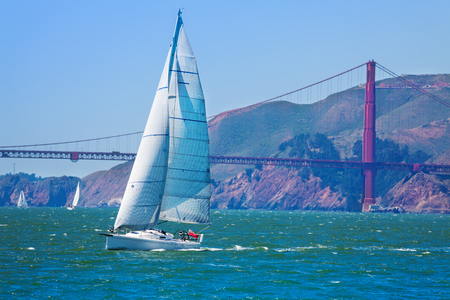 Yacht sailing at the San Francisco bay, USA Stock Photo