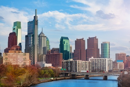 Skyline of Philadelphia with Center City district skyscrapers and Delaware river in spring, USA Banco de Imagens