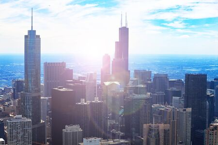View of Chicago downtown and towers with flare 스톡 콘텐츠