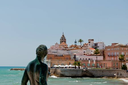 sirvientes: Sitges city view from the angle of the statue located ahead the city