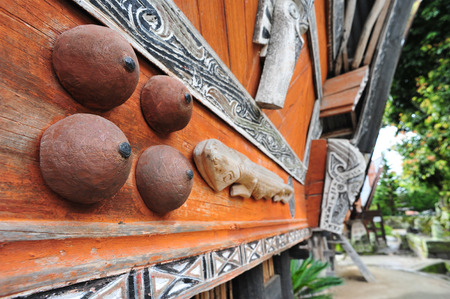 sumatran: Ethnic Sumatran Batak house ornaments in Toba lake, sumatra, Indonesia
