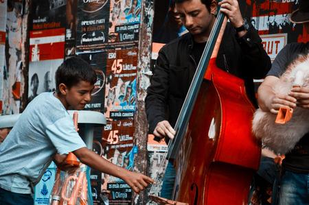 Istanbul, Taksim / Turkey - 09/25 2010: The musician Éditoriale