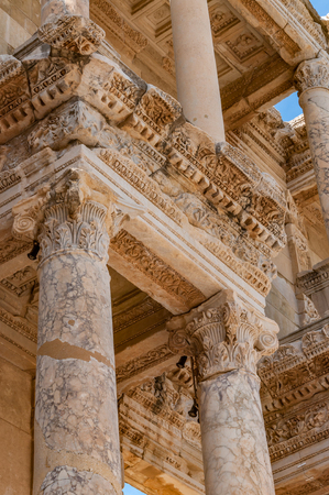 Library of Celsus in Ephesus. Foto de archivo