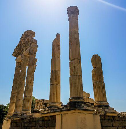 Temple of Trajan in Pergamon (Pergamum) Ancient City. Bergama, Izmir, Turkey. Trajaneum, Upper Acropolis Imagens