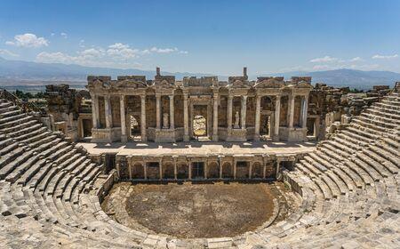 Théâtre romain antique de la ville antique de Hiérapolis. Pamukkale, Denizli, Turquie