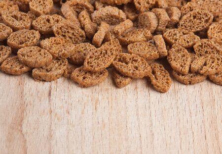 melba: galletas piezas de pan seco Foto de archivo