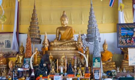 marmorate: Phuket, Thailandia - 14 febbraio: Big Buddha complesso del tempio, il 14 febbraio 2013. La costruzione � fatta solo sulle donazioni. Editoriali