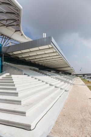 grandstand: tribuna de piedra