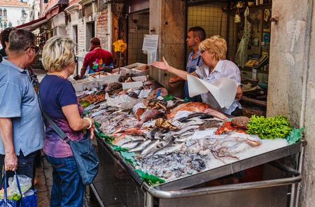 the merchant of venice: VENICE, ITALY - 26 JUNE, 2014: Fish Market in Venice