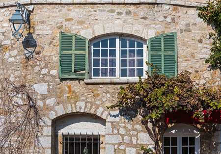 alpes maritimes: Window in an old house