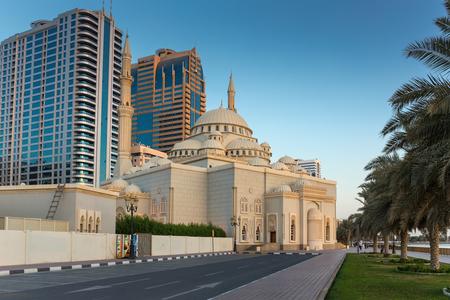 persian gulf: SHARJAH, UAE - NOVEMBER 6: Sharjah - general view, on November 6, 2013. Sharjah is located along northern coast of Persian Gulf on Arabian Peninsula