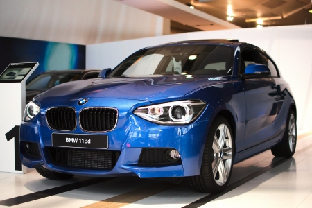 MUNICH - SEPTEMBER 19: Nieuw model BMW 118d bij BMW Welt Expo center op 19 september 2012 in München