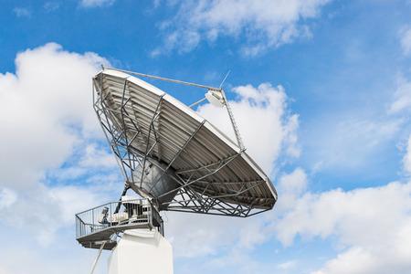 Parabolic satellite antenna dish for wireless radio signal transfer