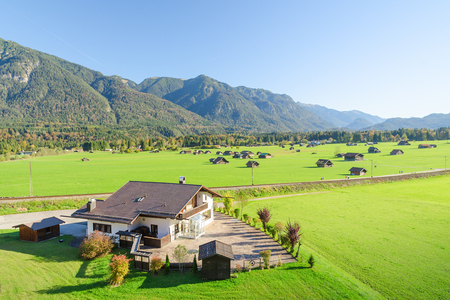 Landscape of Alpine pasture land in valley at foothills of Bavarian Alps Standard-Bild