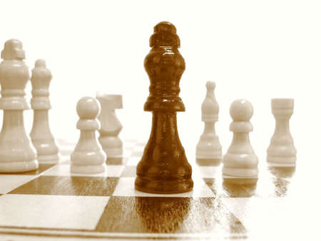 heavily: Black king heavily outnumbered. Nice for representing outnumbered situations and underdogs.