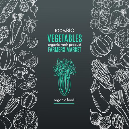 農民市場メニュー デザインの手描き野菜付きポスター テンプレート枠。黒地に白。ベクトル ビンテージ イラスト。