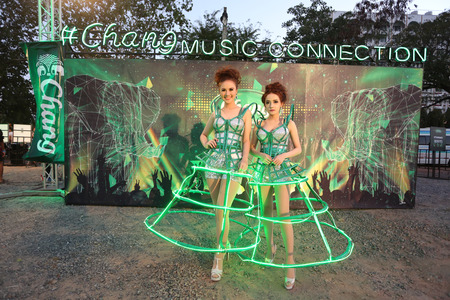 surat: SURAT THANI, THAILAND - FEBRUARY 21 : Unidentified models at Chang Music Connection Concert on February 21, 2015 in Surat Thani, Thailand. Chang is Thailands largest beverage company. Editorial