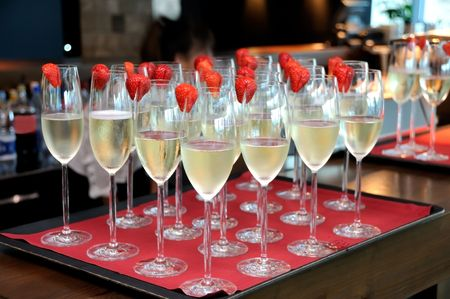 Champagne and strawberry  Stock Photo - 7933671