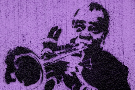 Trumpeter graffiti on the wall