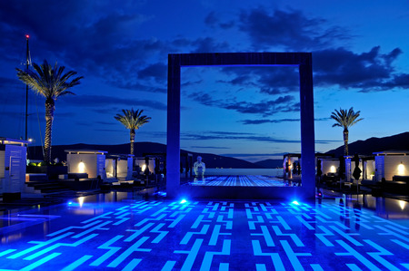 infinity pool: Luxury pool sunset