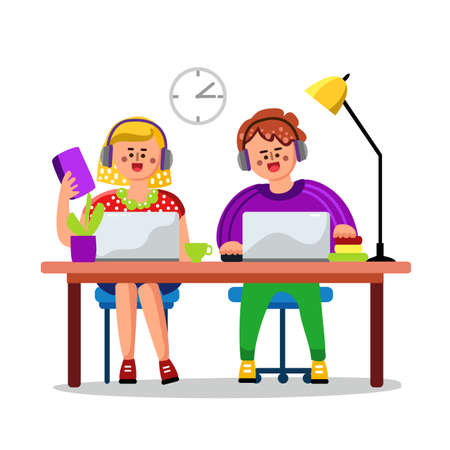 Pupils Children Studying Online Education Vector. Characters Happy Boy And Girl With Earphones Study Internet Education. Laptop, Cup, Domestic Plant And Lamp On Table Flat Cartoon Illustration Banque d'images - 150880313