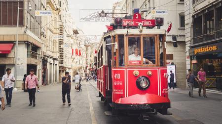 이스탄불, 터키 - 9 월 10-13 일 이스탄불의 거리와 도시 생활.