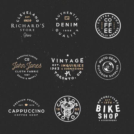 Vintage kledingetiketten, retro-stijl badges. Aangepaste manches, fietswinkel, coffeeshop en andere thema's. Stockfoto - 82676320