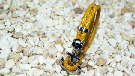 collet: yellow leather skull figure men bracelet