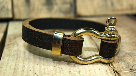 wristband: brown leather  men bracelet ,wristband