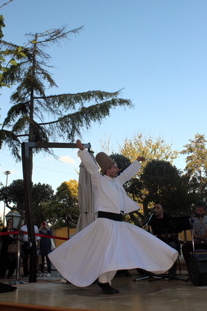 whirling: Istanbul, Turkey - September 17, 2015: The dance of Whirling Dervishes is called Sema