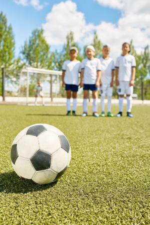Jongens voetbalteam Stockfoto - 85444936
