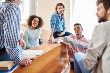 Teamwork at lesson 스톡 콘텐츠