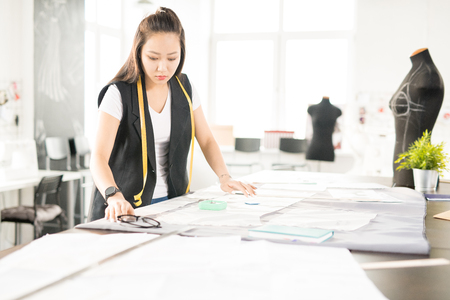 Asian Fashion Designer  Making Clothes Stock fotó