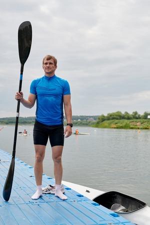 Young kayaker on the lake 写真素材 - 108510874