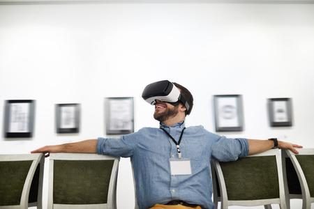 Visite VR au musée Banque d'images