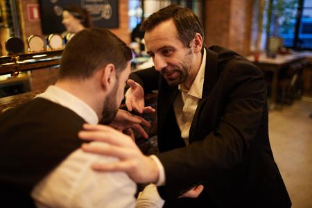 Ludzie biznesu w Barze