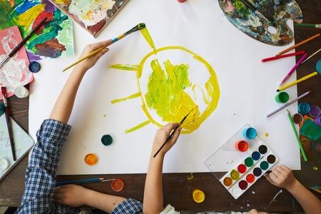 enfants, peinture, soleil, vue dessus