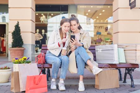 Choosing clothing via internet