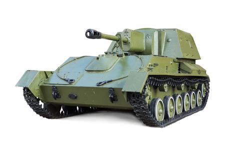 seconda guerra mondiale: Montaggio sovietico artiglieria semovente durante la seconda guerra mondiale SU-76 isolato su sfondo bianco
