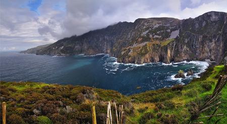 Acantilados de la liga de Slieve en Condado de Donegal, Irlanda