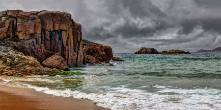 Cruit island - world of red granite rock. Cruit Island (Irish: An Chruit ) is a small inhabited island in the Rosses region of County Donegal, Ireland Stok Fotoğraf