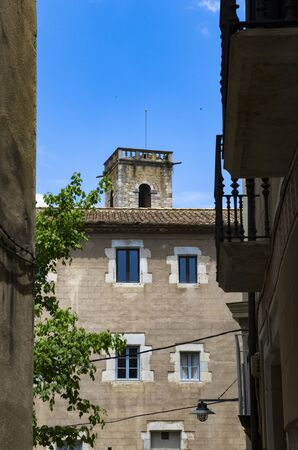 Streets of an old town, Girona Archivio Fotografico - 132073767