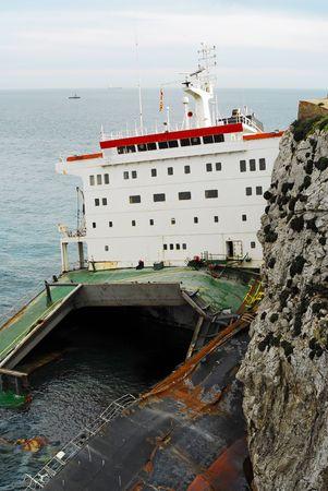 shipload: naufragio