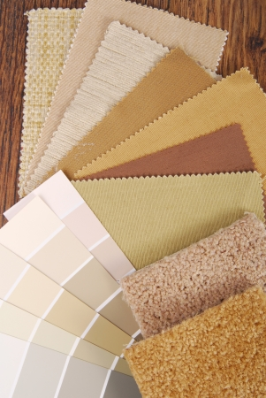 塗料や素材、色の室内装飾と改善の選択
